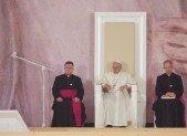 J10 : Les jeunes accueillent le Pape